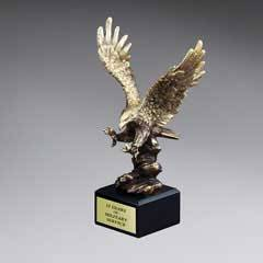 Gold Antique Finish Resin Cast Eagle Landing - Medium